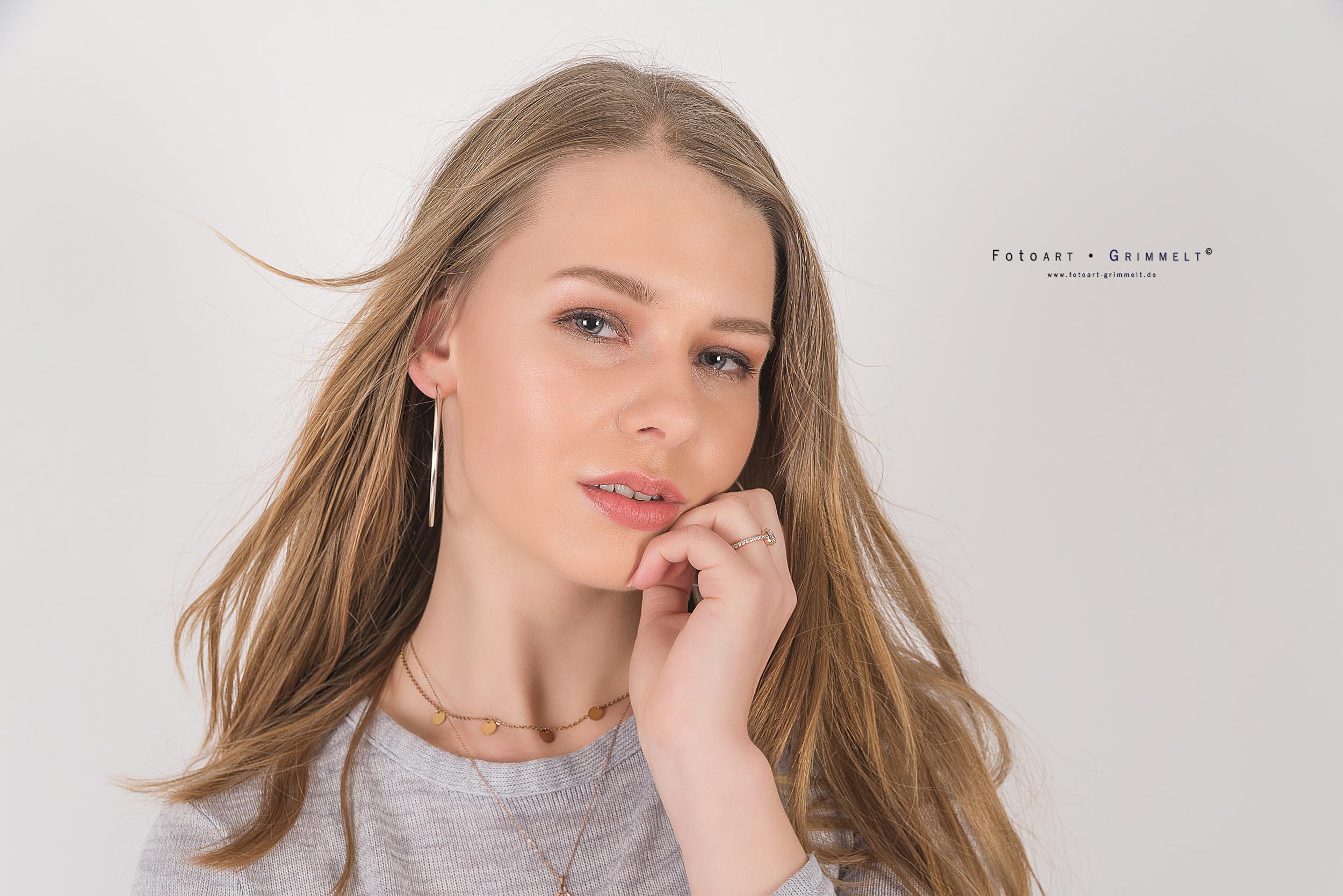 Nina Himmel